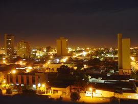 Rondonopolis a noite.jpg