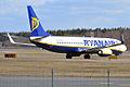 Ryanair, EI-DHH, Boeing 737-8AS (16430858666).jpg