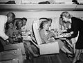SAS DC-8-33 Interior, service on board, cabin and seats, passengers. New decor (9).jpg