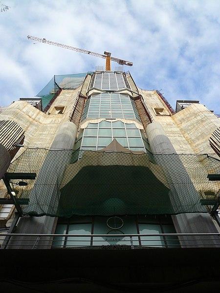 File:Sagrada Família P1410830.jpg