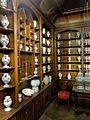 Saint-Denis (93),musée d'art et d'histoire, pharmacie de l'ancien hôtel-Dieu des Carmélites 1.jpg