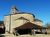 Saint-Jean-de-Côle église halle.JPG
