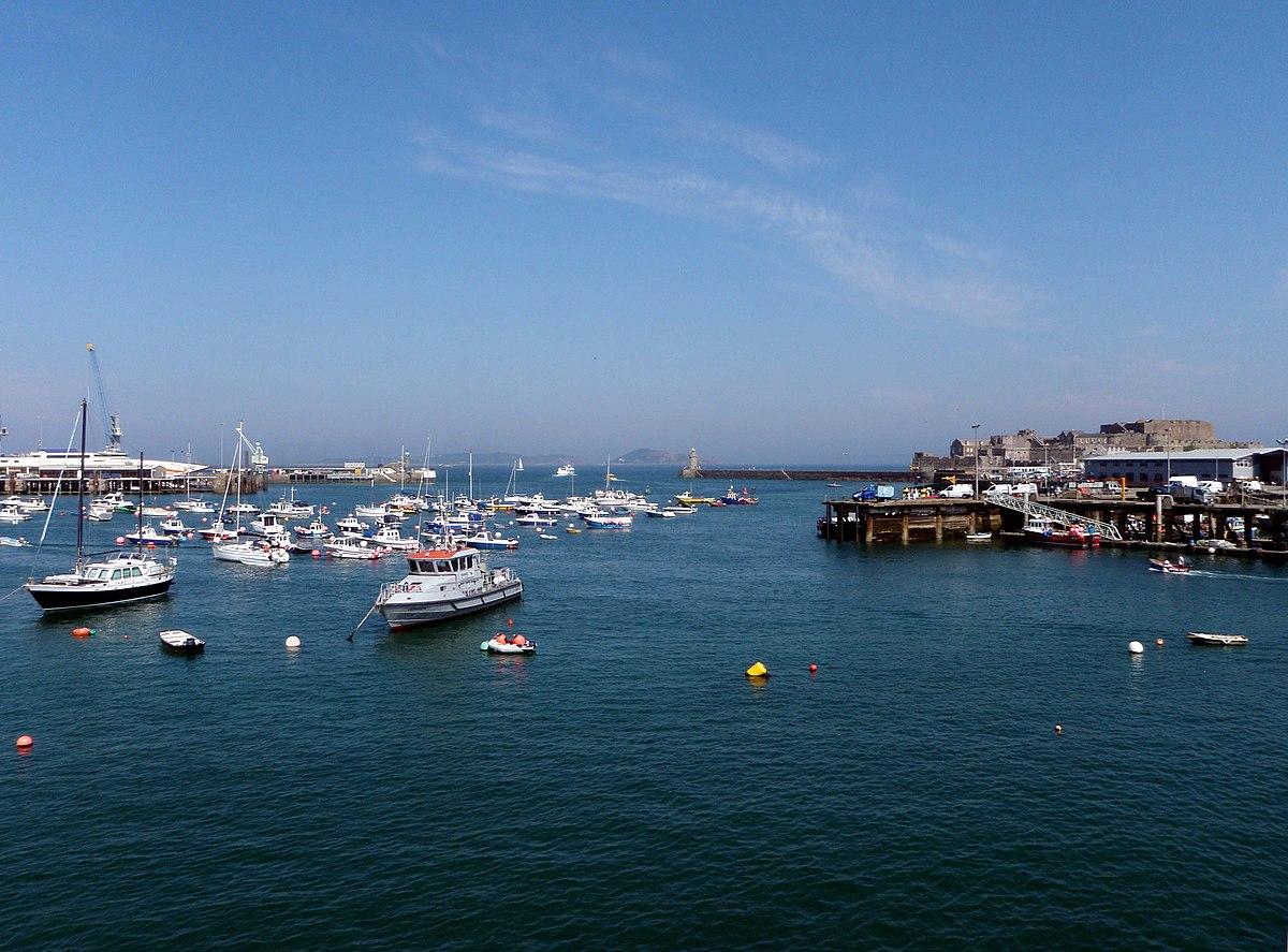 Saint Peter Port Harbour - Wikipedia