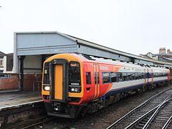 Salisbury - SWT 158890 in platform 6.JPG