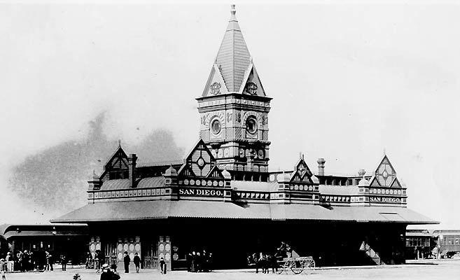 Santa Fe passenger terminal in San Diego prior to 1915