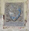 Santa croce, loggiato sud, stemma del rosso di montevarchi.jpg