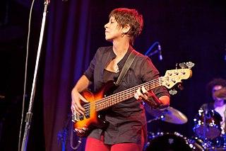 Sara Lee (musician)