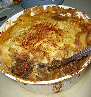Eurasians in Singapore - Shepherd's pie, a common Eurasian dish.