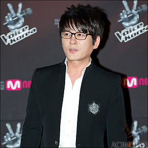 Shin Seung-hun - Shin Seung-hun in February 2012