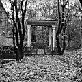 Sinebrychoffin puisto, huvimaja - N1882 (hkm.HKMS000005-00000192).jpg