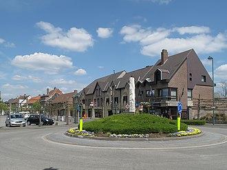 Evergem - Image: Sleidinge, rotonde foto 4 2013 05 05 14.46