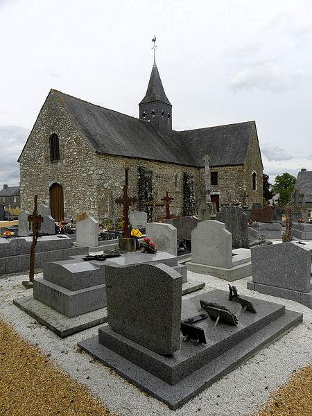 Église Notre-Dame-de-l'Assomption de Soucé (53). Façade occidentale et flanc sud.