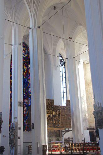 St. Mary's Church, Gdańsk - Main altar, from the northern aisle
