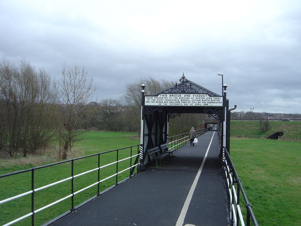 Stapenhill Viaduct - geograph.org.uk - 293766.jpg