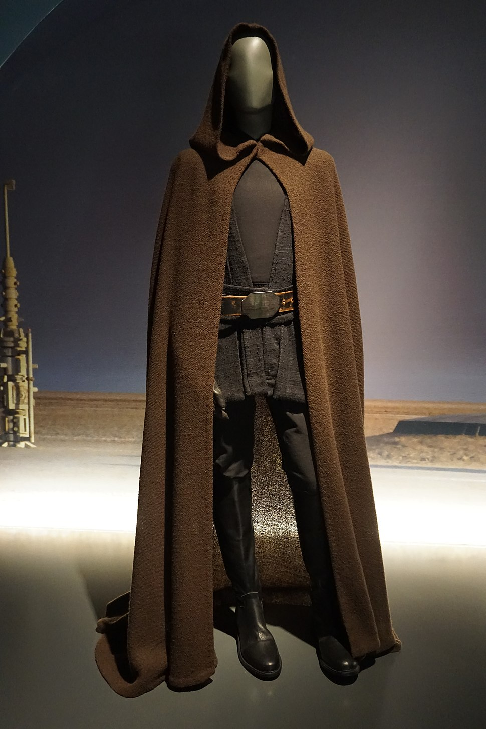Star Wars and the Power of Costume July 2018 08 (Luke Skywalker%27s Jedi robes from Episode VI)
