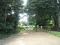 Start of footpath from Barnham Court to Hoe Farm - geograph.org.uk - 844484.jpg