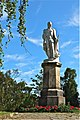 Statue of Lord Nelson.jpg