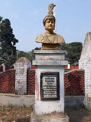Palashi - Statue of Siraj