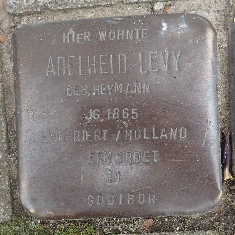 Stolperstein Prinzenstraße 16 Adelheit Levy.jpg