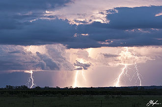 Katherine, Northern Territory - Spectacular wet season electrical storms over Katherine Gorge