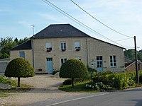 Suzanne (Ardennes) mairie.JPG