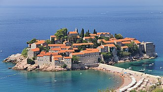 Tourism in Montenegro - Image: Sveti Stefan (06)