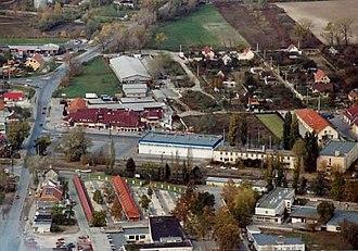 Szigetszentmiklós - Image: Szigetszentmiklós gyár 2