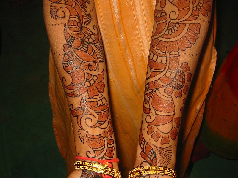 Tattoo with henna