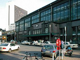 Train station Berlin Friedrichstrasse 1.jpg