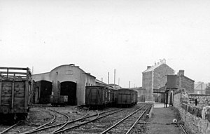 Tralee railway station - File:Tralee station and sheds, 1948.