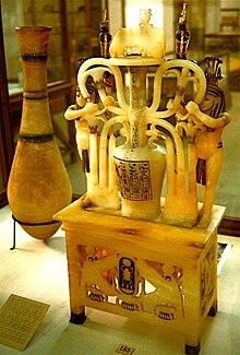 Resultado de imagem para alabastrons tutankamon