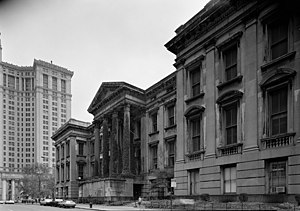 Tweed Courthouse - The condition of the main facade in 1979, showing absence of the main staircase