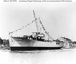 USS Chattanooga (PF-65) launching.jpg