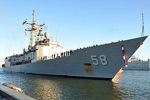 US Navy 111214-N-AW702-002 USS Samuel B. Roberts pulls into Naval Station Mayport.jpg