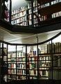 UniversitätsbibliothekBasel-FreihandarchivTreppe02.jpg