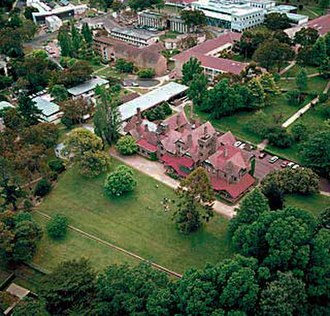 Robert Madgwick - Aerial view of the University of New England in 2006. Several of the buildings in the upper portion of the photograph were constructed under Madgwick's administration in the early 1960s.