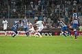 Valais Cup 2013 - OM-FC Porto 13-07-2013 - Dimitri Payet au milieu de la défense portugaise.jpg