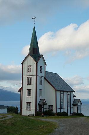 Framverran - View of Vestvik kirke in Framverran