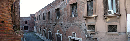 A photograph showing the view of the Trajan's Market from Via Biberatica (2006).