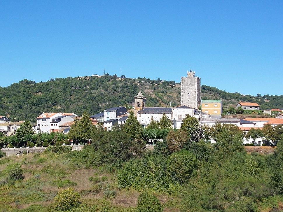 Viana do Bolo - parte alta e castelo