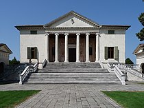 Villa Badoer Fratta Polesine facciata by Marcok 2009-08-16 n08.jpg