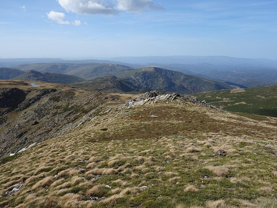 Vistas desde Peña Trevinca (entre Galicia y Castilla y León)