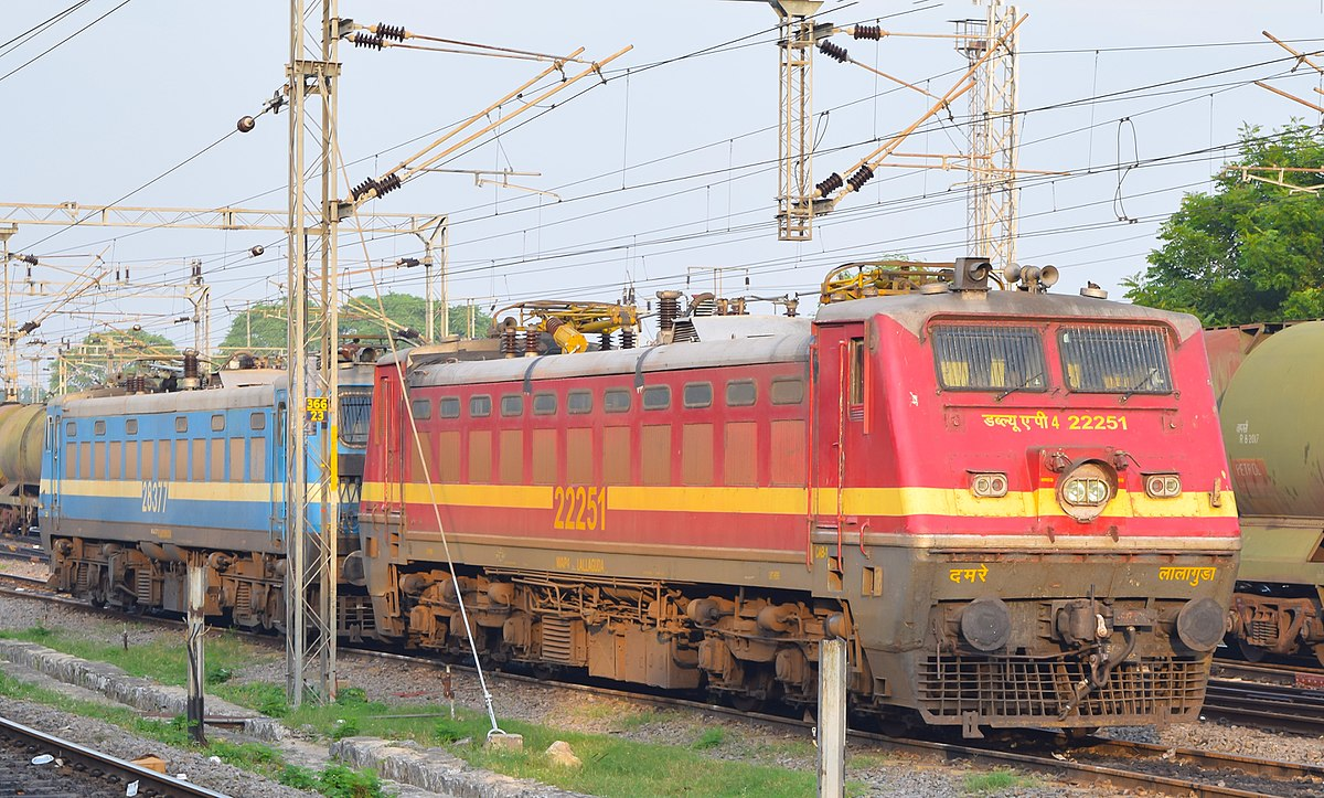 indian locomotive class wap-4