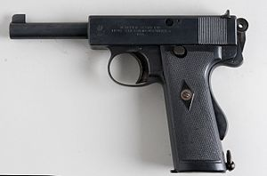 Webley Self-Loading Pistol - Image: Webley & Scott 455 (6971800477)