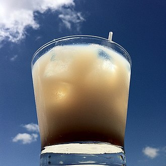 White Russian (cocktail) - A mixed White Russian cocktail