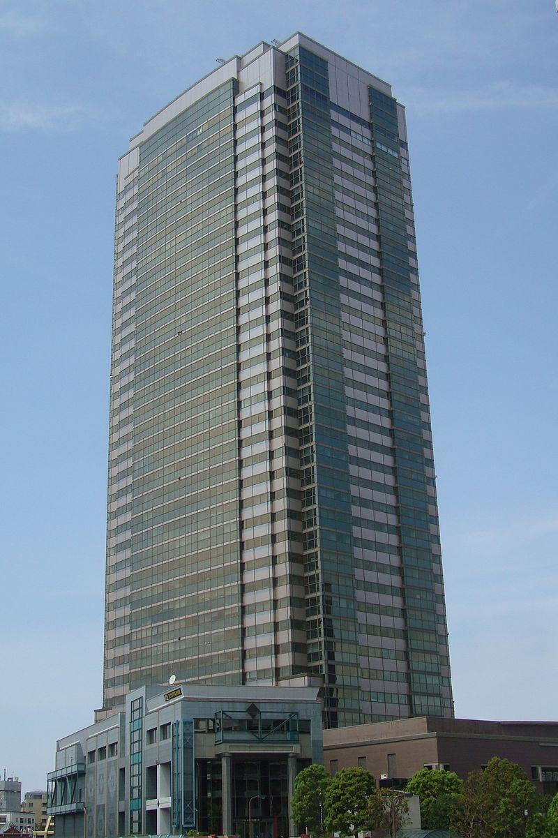 Yebisu Garden Place Tower 2012.jpg