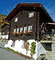 Zeneggen Walliser Haus im Weiler Sisetsch.jpg