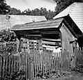 """""""Čebenjak"""" (čebelnjak)- nekaj panjev je na paši v Šentjerneju in Maharovcu, Hosta Janez, Imenje 3 1952.jpg"""