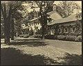 """Chatham,"" Colonel Daniel Bradford Devore house, 120 Chatham Lane, Fredericksburg, Stafford County, Virginia. West garden LCCN2009633423.jpg"