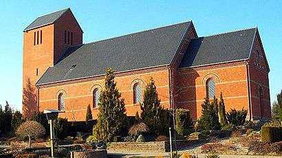 Sådan kommer du til Øster Vrå Kirke med offentlig transport – Om stedet